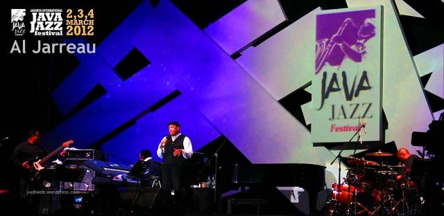Java Jazz 2012 - Al Jarreau 01