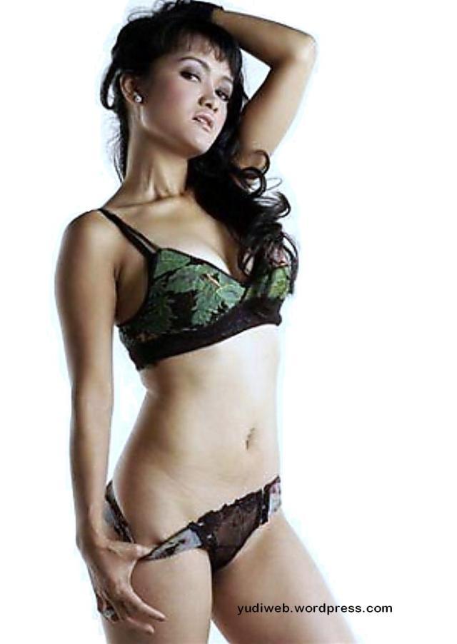 Jupe julia perez toge seksi hot 05