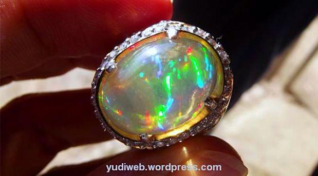Opal Kalimaya Banten